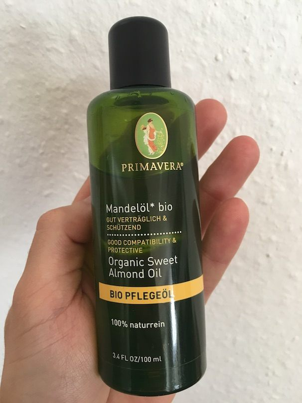 Flasche von Primavera Mandelöl